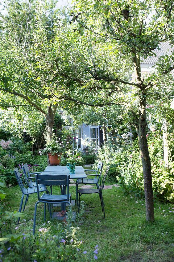 Poseďme si v záhrade - Obrázok č. 4