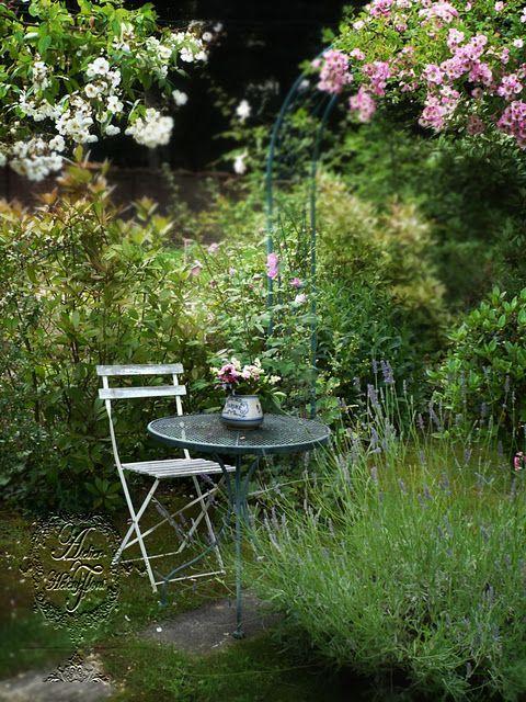 Poseďme si v záhrade - Obrázok č. 24