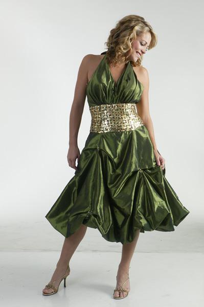 Spoločenské šaty - tieto sú suprové, len kde ich zohnať