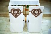 Háčkované svadobné srdcia na stoličky ,