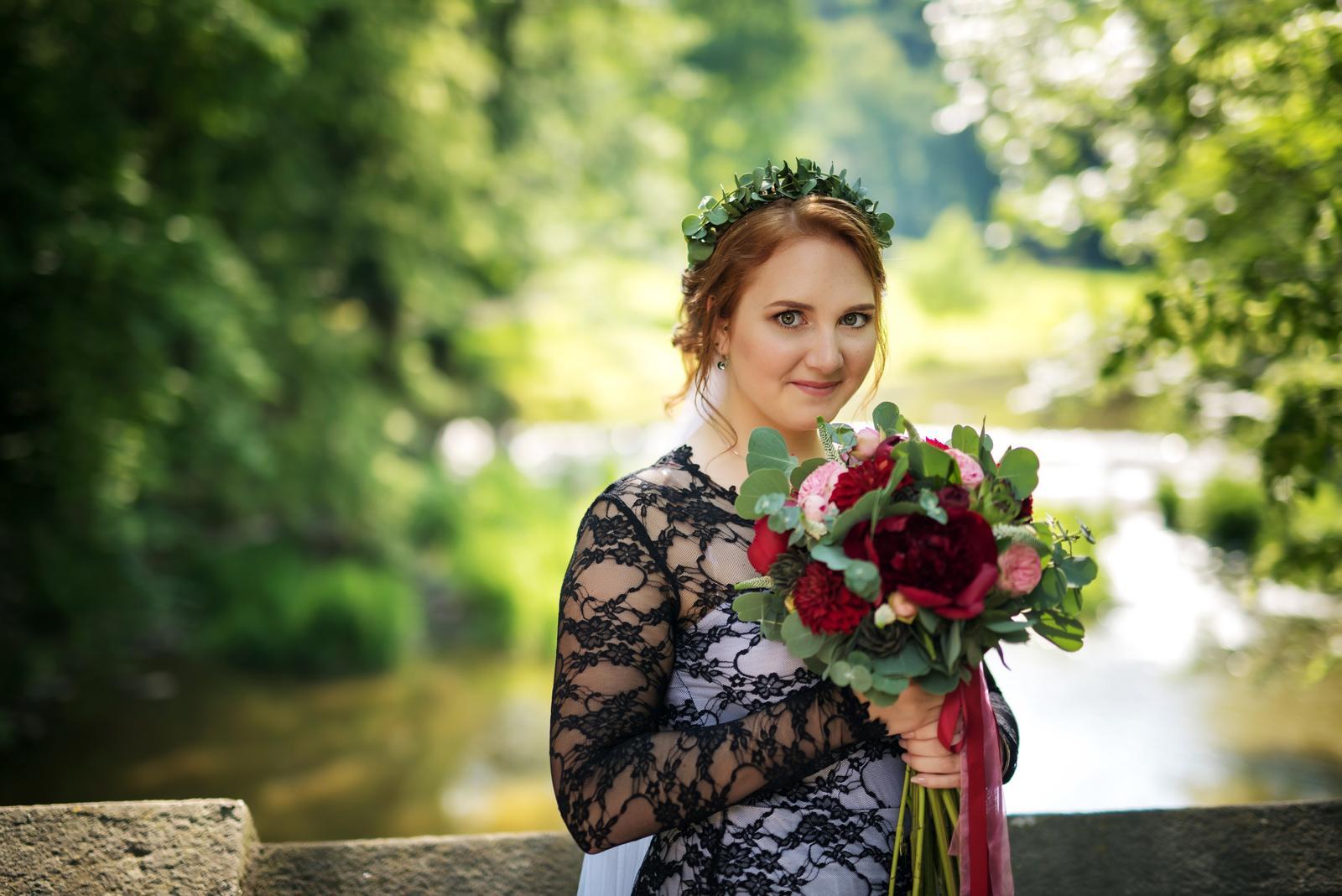 Svatební líčení a účes pro nevěstu Zdeničku | Vlašim - Obrázek č. 3