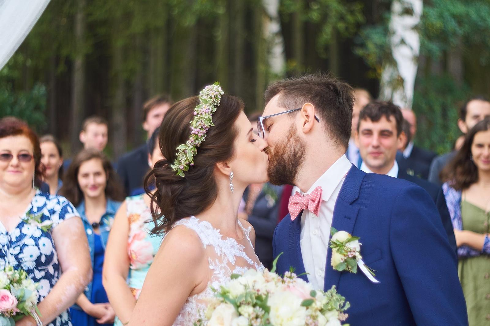 Svatební líčení a účes pro nevěstu Verču   Sedlčany - Obrázek č. 4