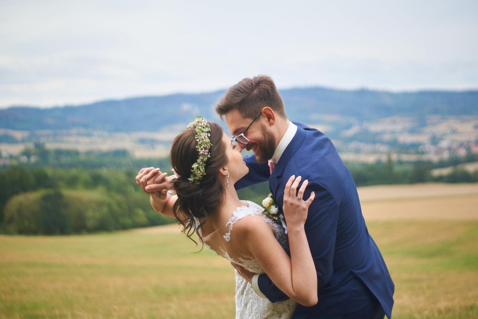 Svatební líčení a účes pro nevěstu Verču   Sedlčany - Obrázek č. 6