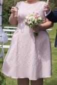 Růžové šaty ke kolenům Studio 8, 52