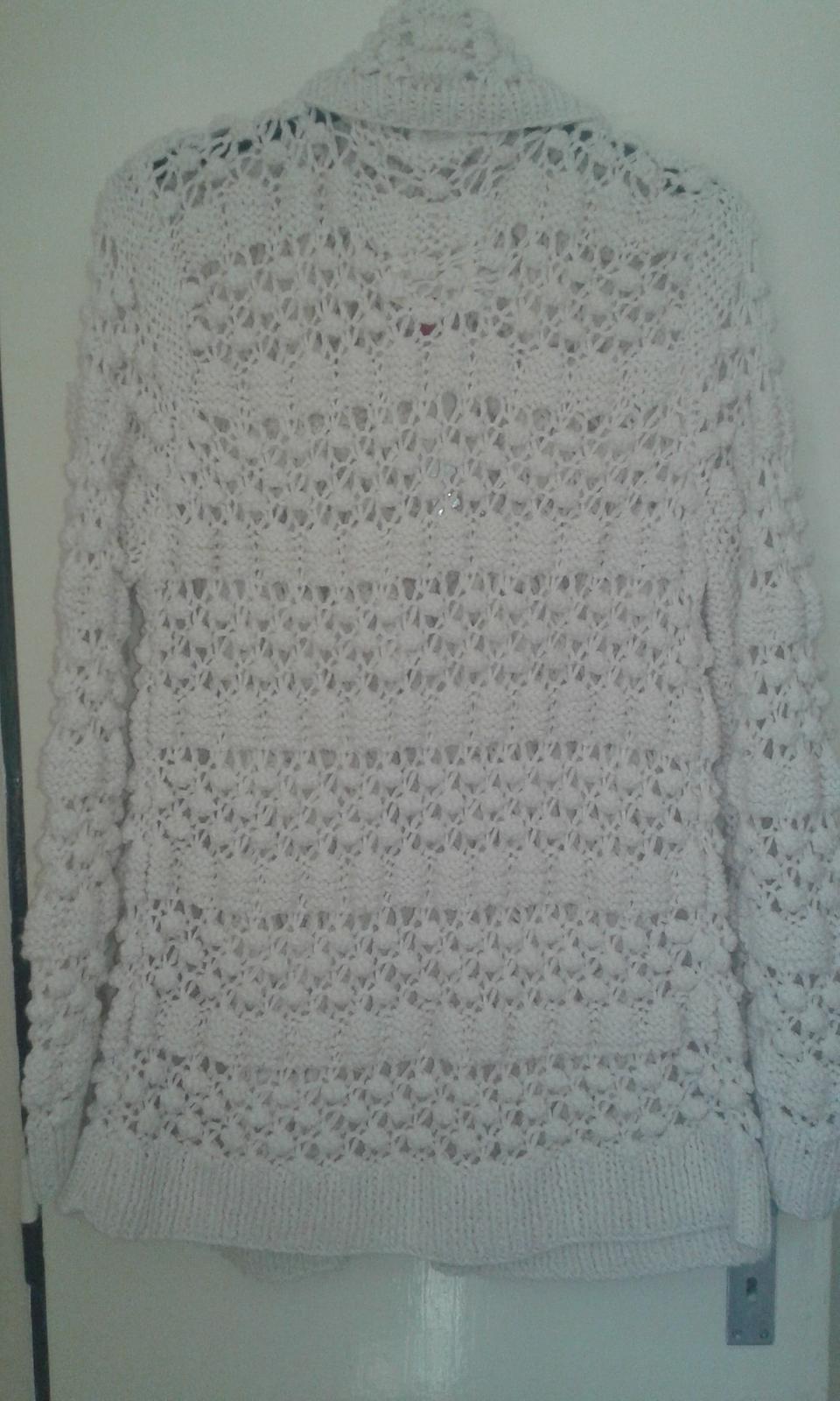 Pletený svetrík č.48/50 - Obrázok č. 2