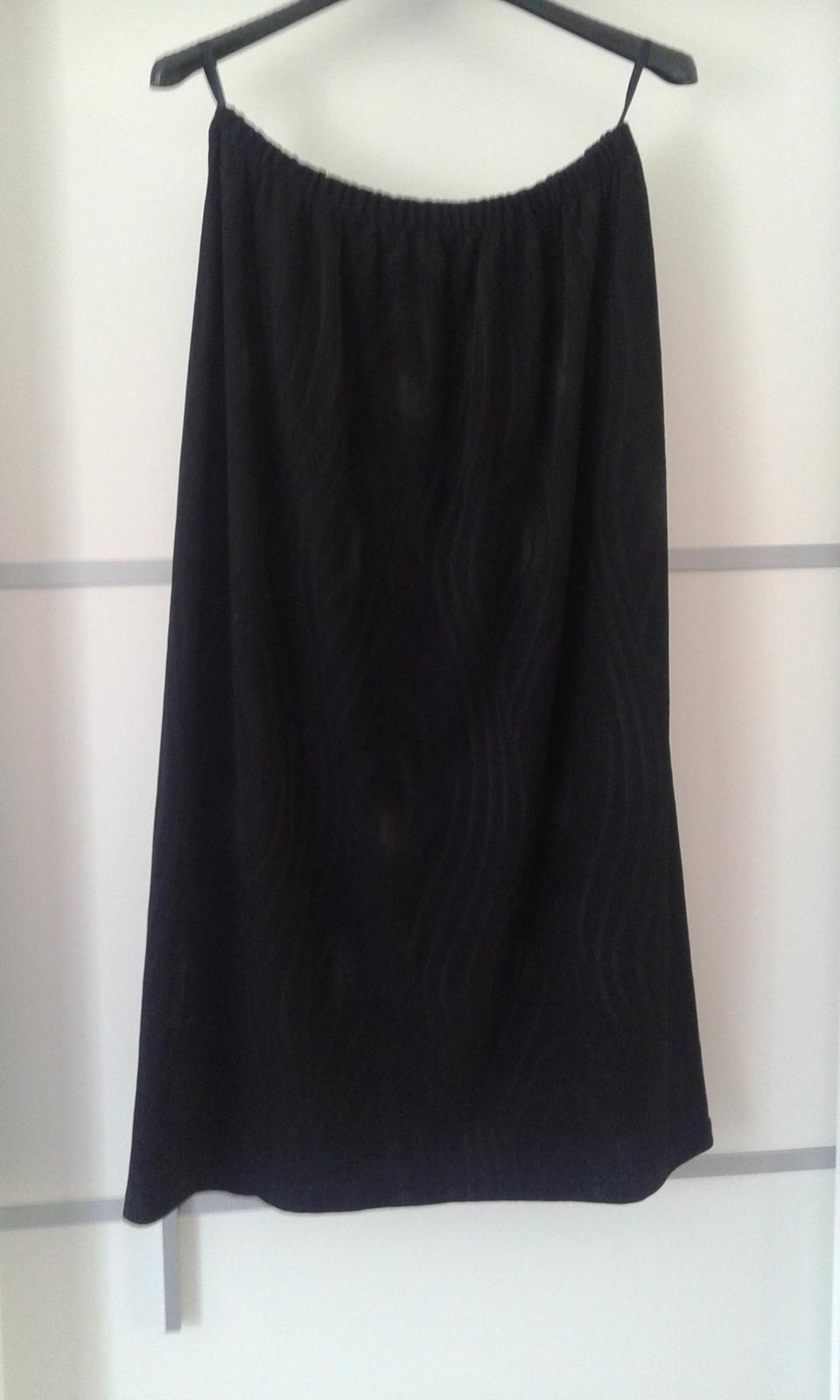 Čierny kostým - kabátik, top a sukňa č.L - Obrázok č. 4