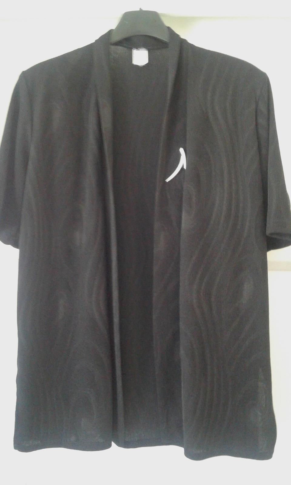 Čierny kostým - kabátik, top a sukňa č.L - Obrázok č. 1