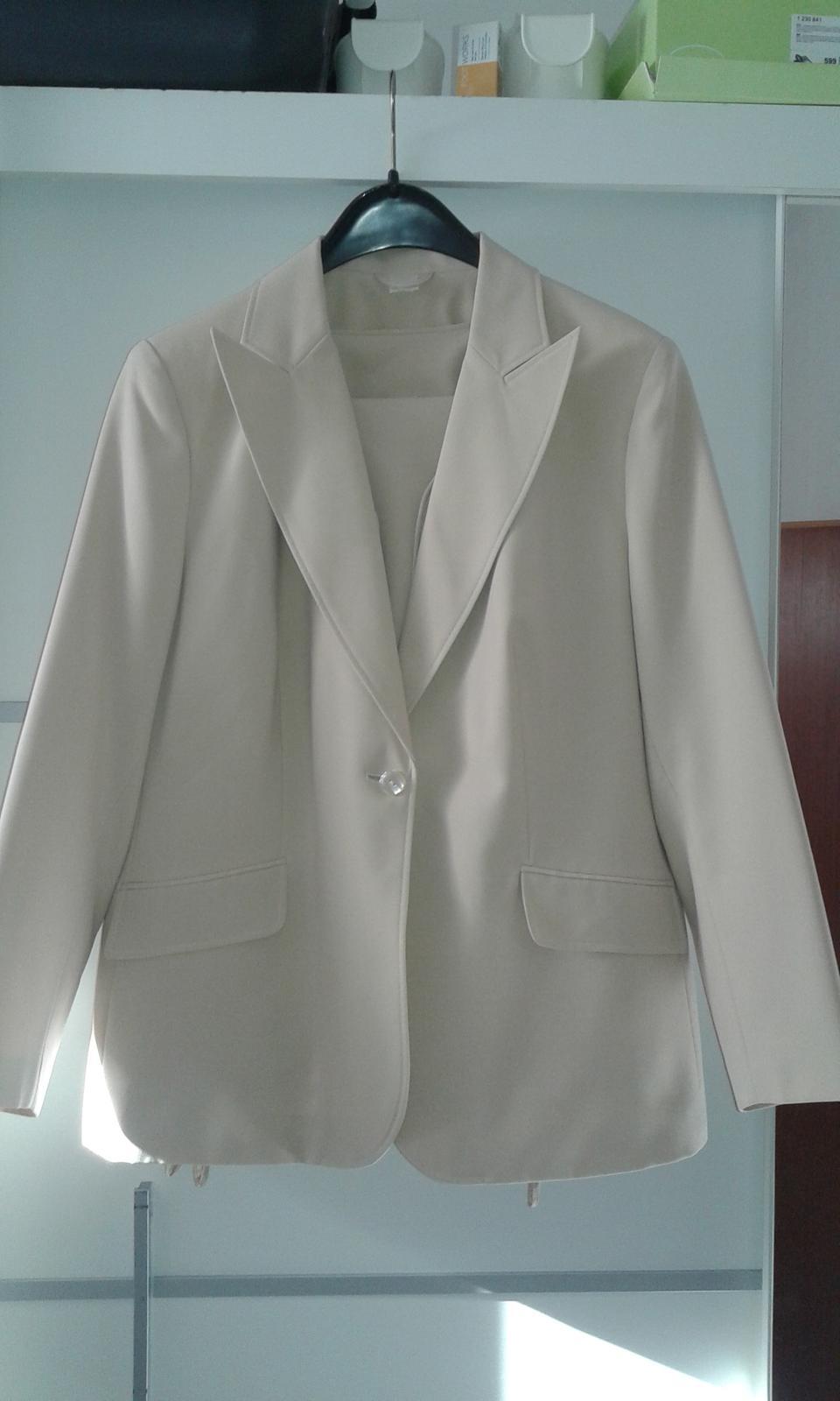 Béžový kostým-sako, vesta,nohavice č.48 - Obrázok č. 1