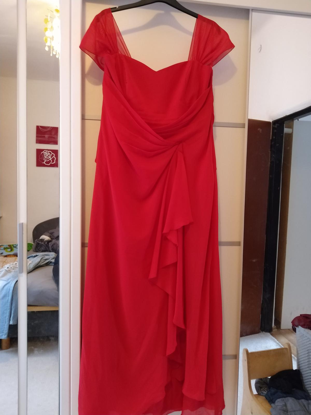 Červené šaty c.52 - Obrázok č. 1
