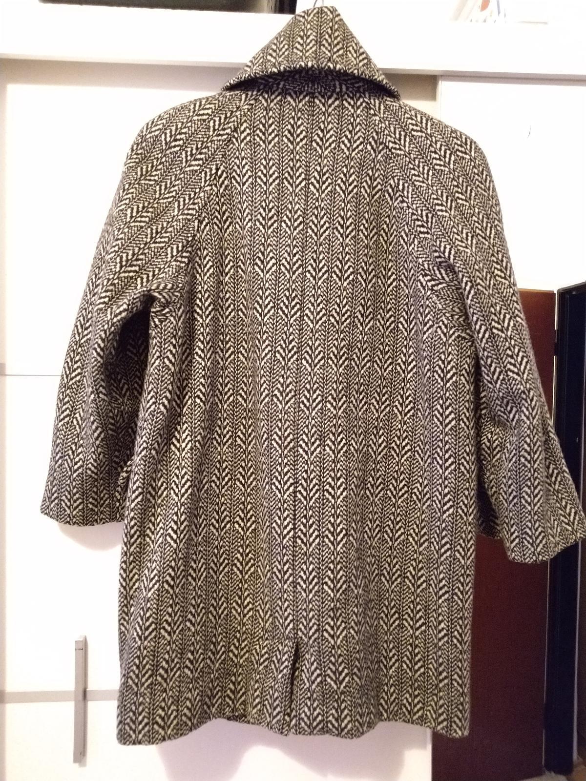 Čiernobiely kabát c.50 - Obrázok č. 2
