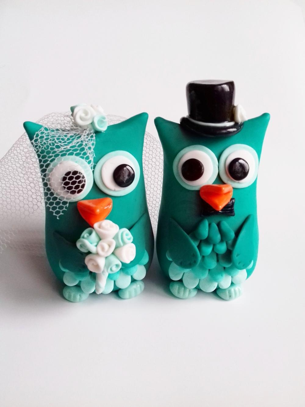 Svatební figurky - https://www.fler.cz/zbozi/sovicky-figurky-na-svatebni-dort-9367567?pos=6