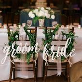"""Svatební označení židlí, nápisy """"bride"""" a """"groom"""","""