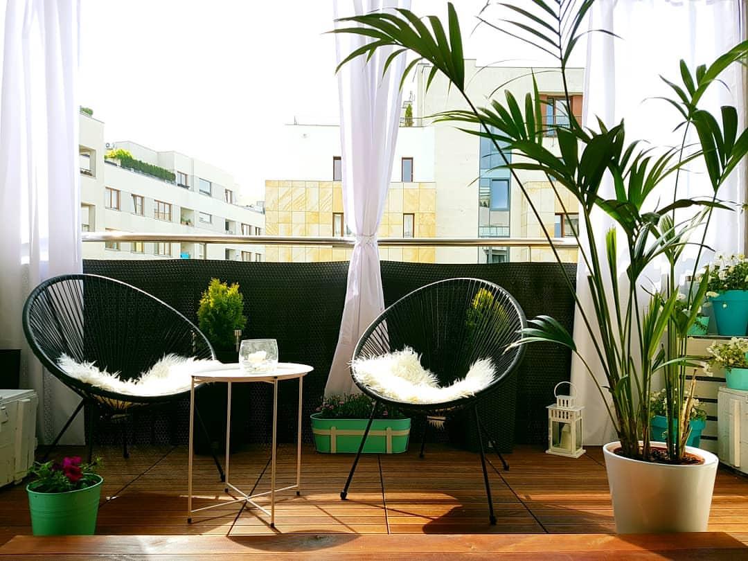 Metamorfoza balkona - drevena podlahova krytina