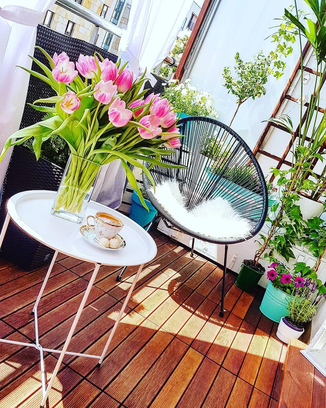 Metamorfoza balkona - drevena terasa