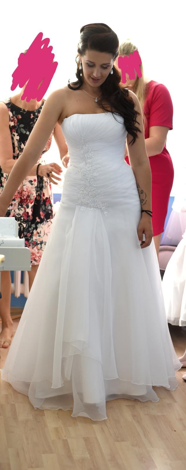 svatební šaty + závoj + bolerko - Obrázek č. 3