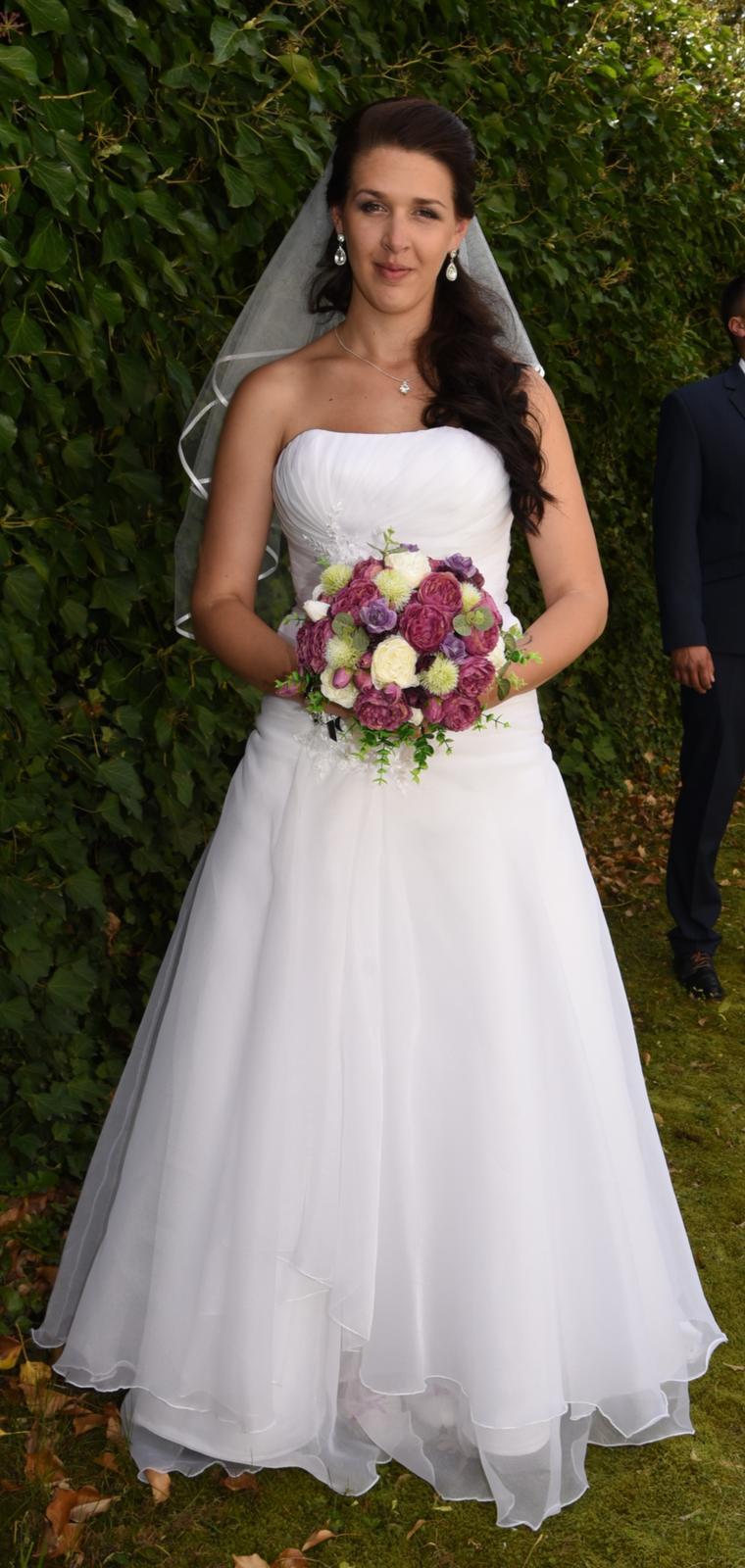 svatební šaty + závoj + bolerko - Obrázek č. 4