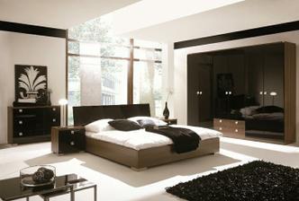 spálňa čierna-vysoký lesk