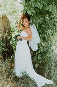 Svatební šaty pro menší nevěsty, 36