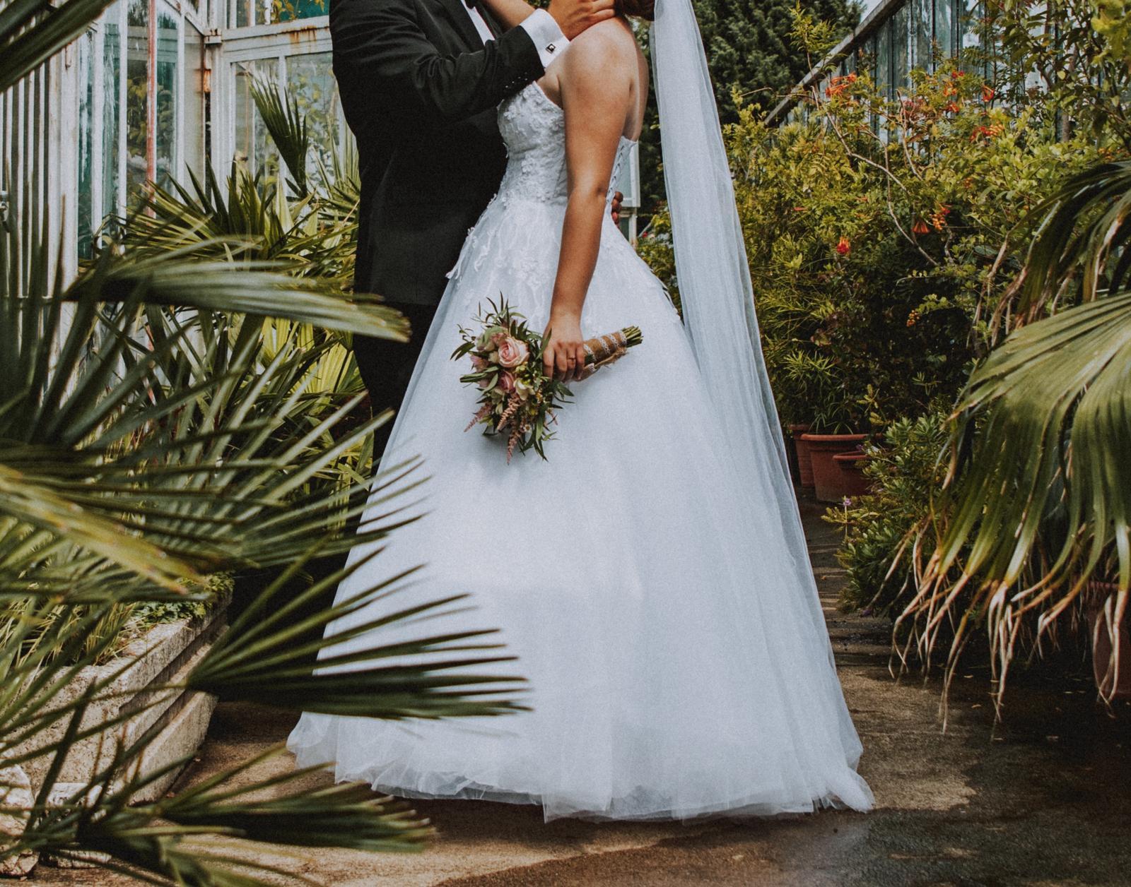 Kvetované svadobné šaty (36-40) Hadassa - Obrázok č. 2