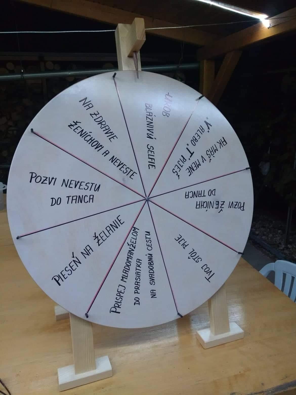 Drevené koleso na roztočenie zábavy - Obrázok č. 1