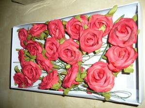 Růžičky na drátku