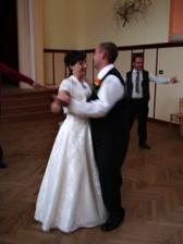 A nakonec náš první novomanželský taneček...