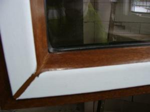 detail barvy okna