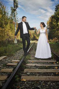 Elegantné svadobné šaty s luxusnou čipkou - Obrázok č. 4