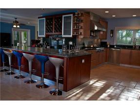 Velka kuchyna, open space. O nej snivam :-)