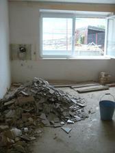 ložnice při rekonstrukci, zde bordýlek, vyvezli jsme 2 kontejnery plné suti :)