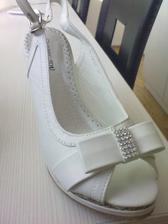 boty, absolutně nejsou dle mých představ, ale bohužel :(