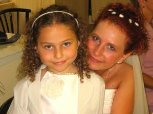 Se svou sestřičkou - družičkou