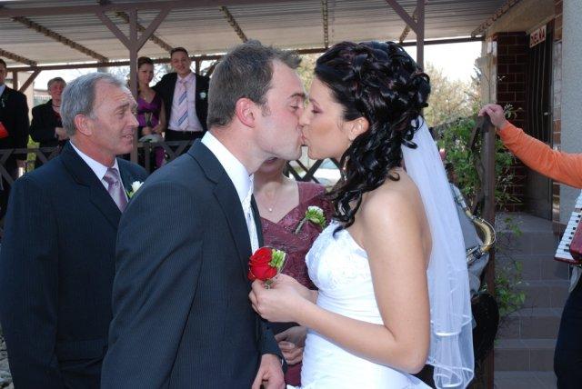 Ivana{{_AND_}}Marek - Posledná pusa, ako snúbenci