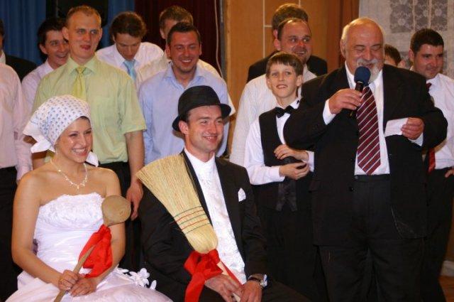 Ivana{{_AND_}}Marek - Starejší nás všetkých veľmi dobre pobavil :-D