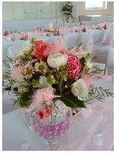 Krásna dekorácia na stole