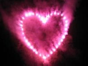 Ružové srdce by na oblohe určite nechýbalo....