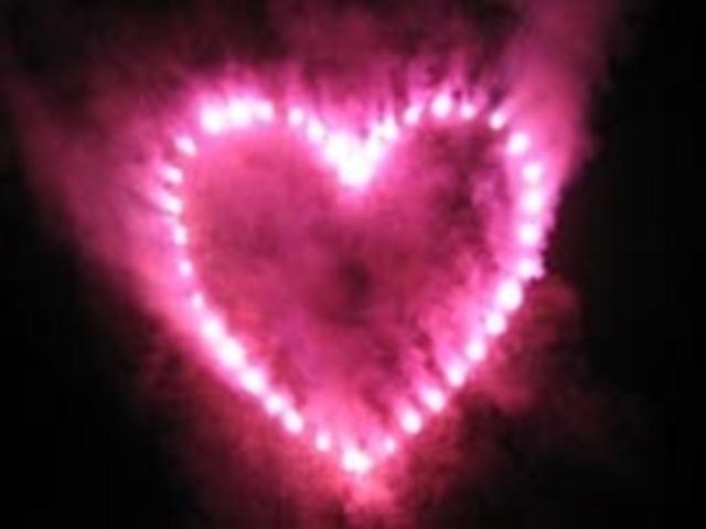 """""""Keby som sa mohla odviazať, moja svadba snov by vyzerala takto..."""" - Ružové srdce by na oblohe určite nechýbalo...."""