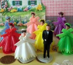 """""""Keby som sa mohla odviazať, moja svadba snov by vyzerala takto..."""" - Ako menovky na stoly"""