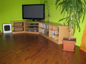 A už nová podlaha ;-)
