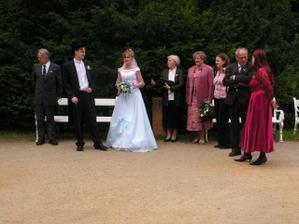 ženich a nevěsta poprvé spolu