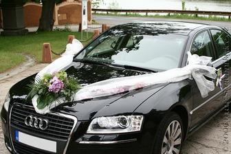 výzdoba  auta pro nevěstu, chtěla bych to se žlutými tulipány