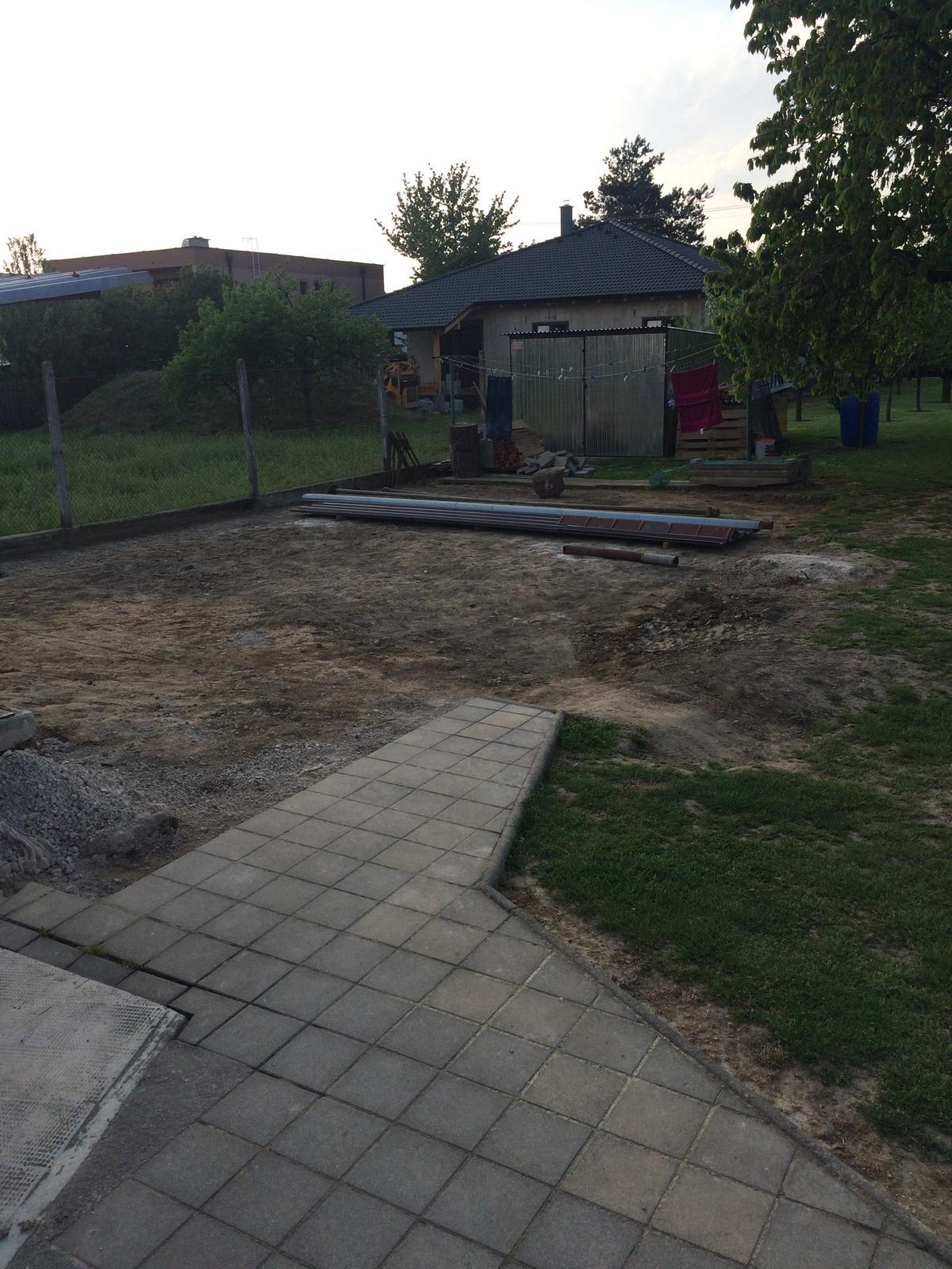 Stavba garáže - Obrázok č. 2