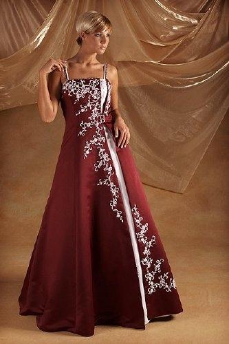 Robko a Ľubka - takéto popolnočné šaty si dávam ušiť u jednej super krajčírky vo Zvolene..som zvedavá, aké budú