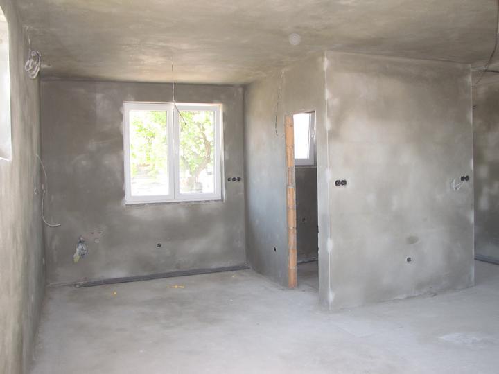 Kozovka - kuchyňa a špajza s kotolňou