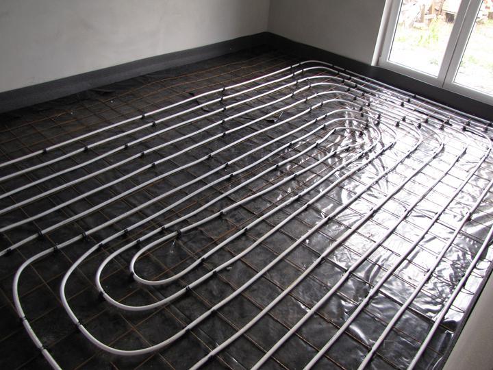 Podlahové kúrenie a poter - spálňa