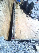Budúci oporný múr