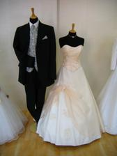 ...a moje svatební šaty znova