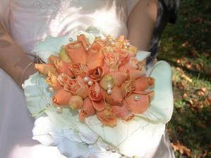 Moje svatební kytice-ale příště už raději u jiné květinářky