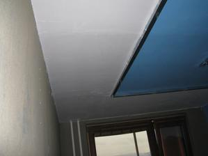 nachystane steny+strop...kuchyna