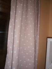 novy zaves v spalni